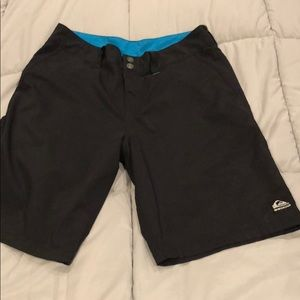 Men's quicksilver 32 hybrid board shorts